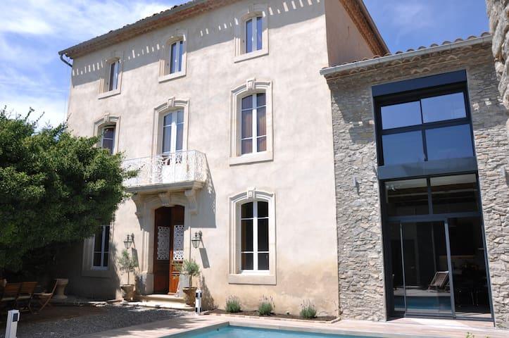 Superbe gîte en Minervois - confort & raffinement - Pépieux - House