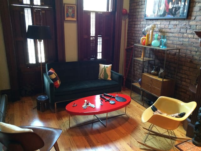 Spacious apartment in Central Harlem - New York - Appartement