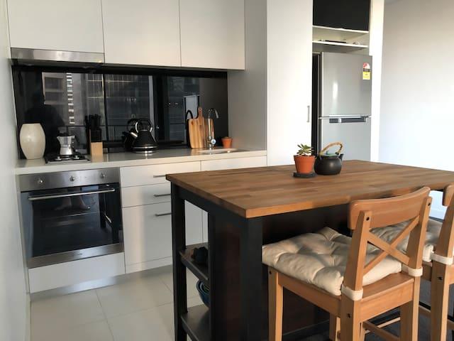 Modern Stylish Apartment in Melbourne CBD