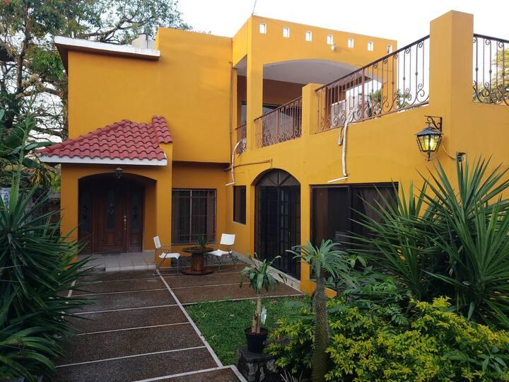 """Estancia """"Casa Moreno"""". Habitación #1"""