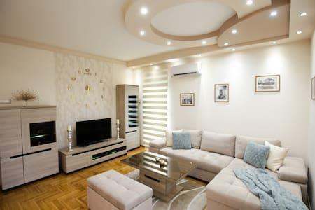 Apartman LUNA