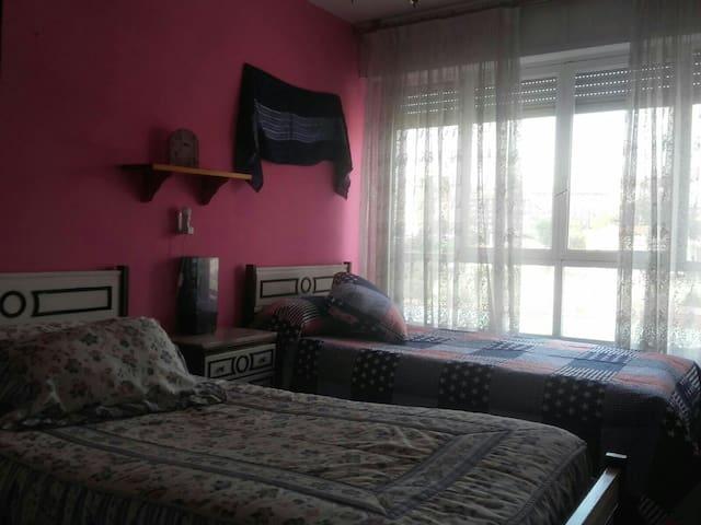 Alquiler de habitación de 2camas A - Santander - Huis