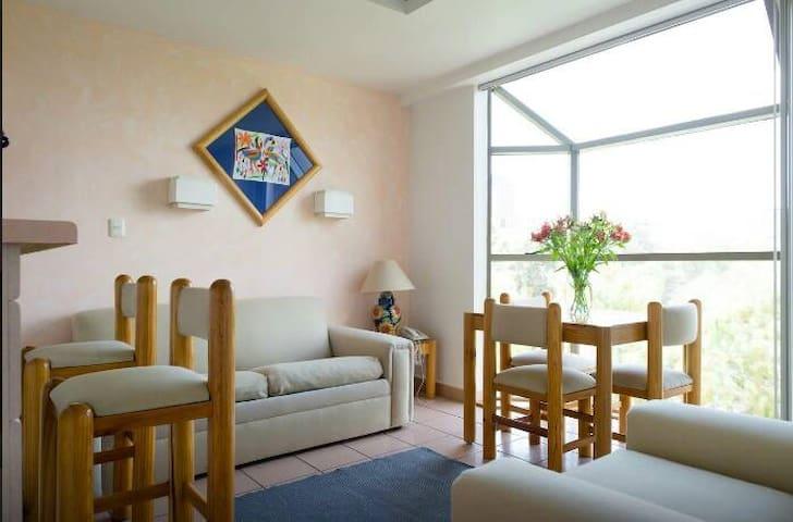 Suite-Depto. Residencia Arquímedes 33-421