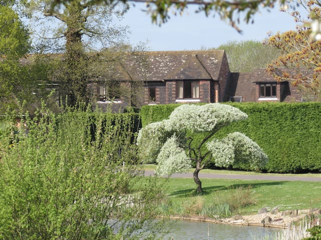 Northlands Farm & Lakes - The Cottage