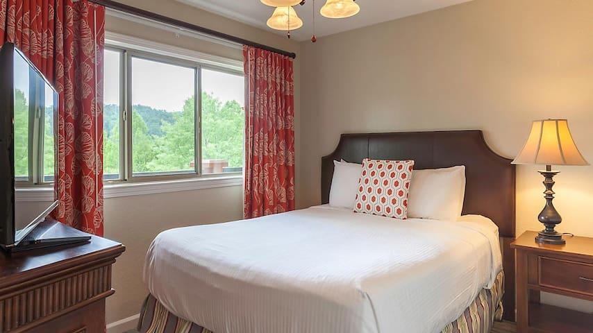 Beautiful 1 bedroom Townhome at Gatlinburg, TN