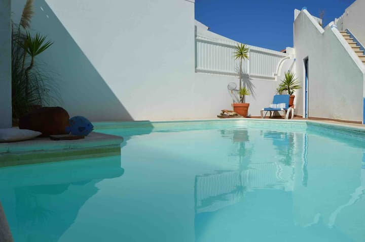 Vila with Pool and Ocean view 4