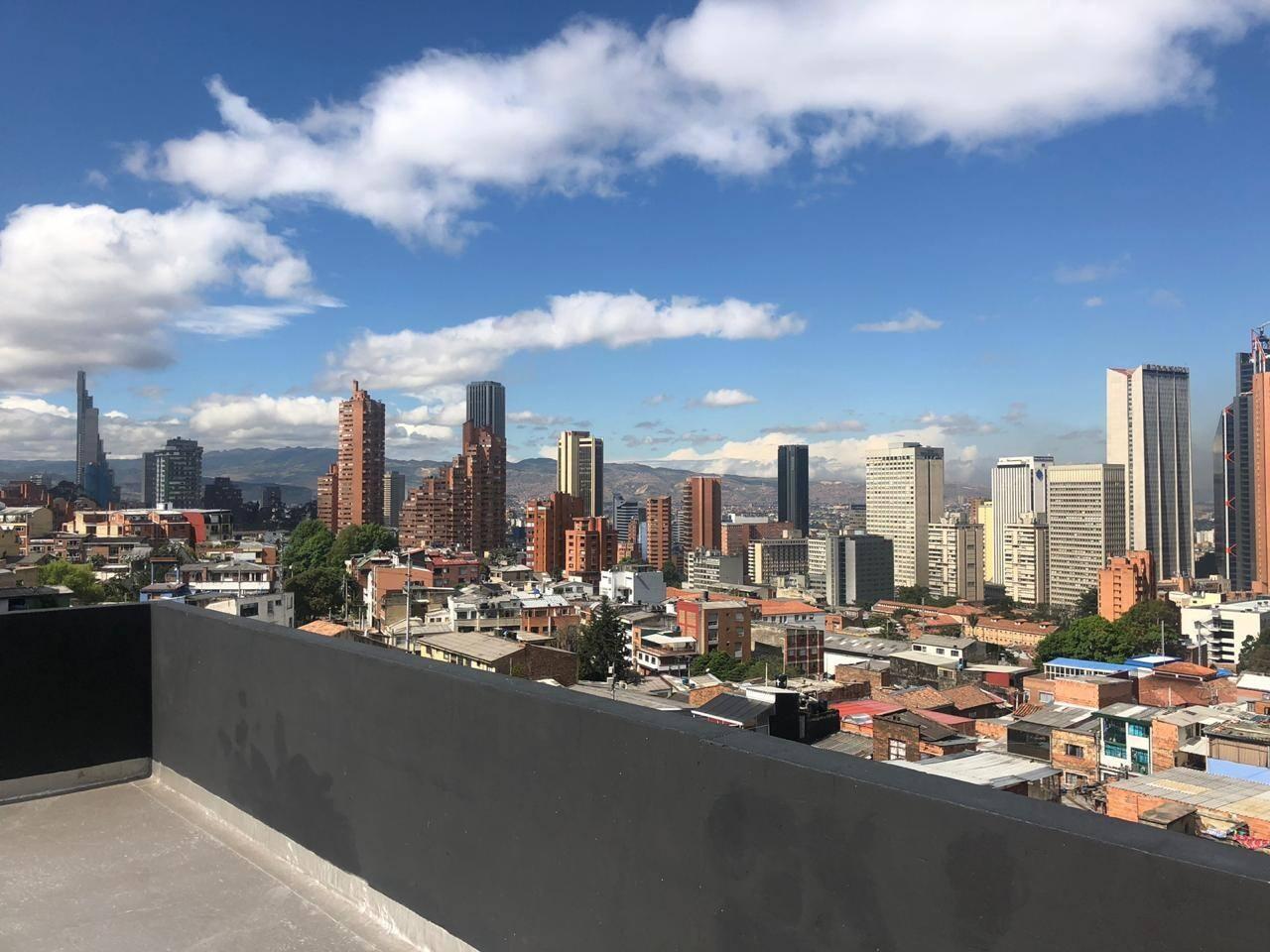 Vista desde la terraza del edificio, que queda contigua al apartamento, de uso libre