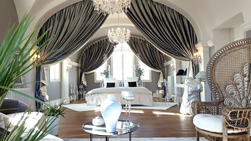 Villa Alecya - Suite avec jacuzzi sauna et hammam