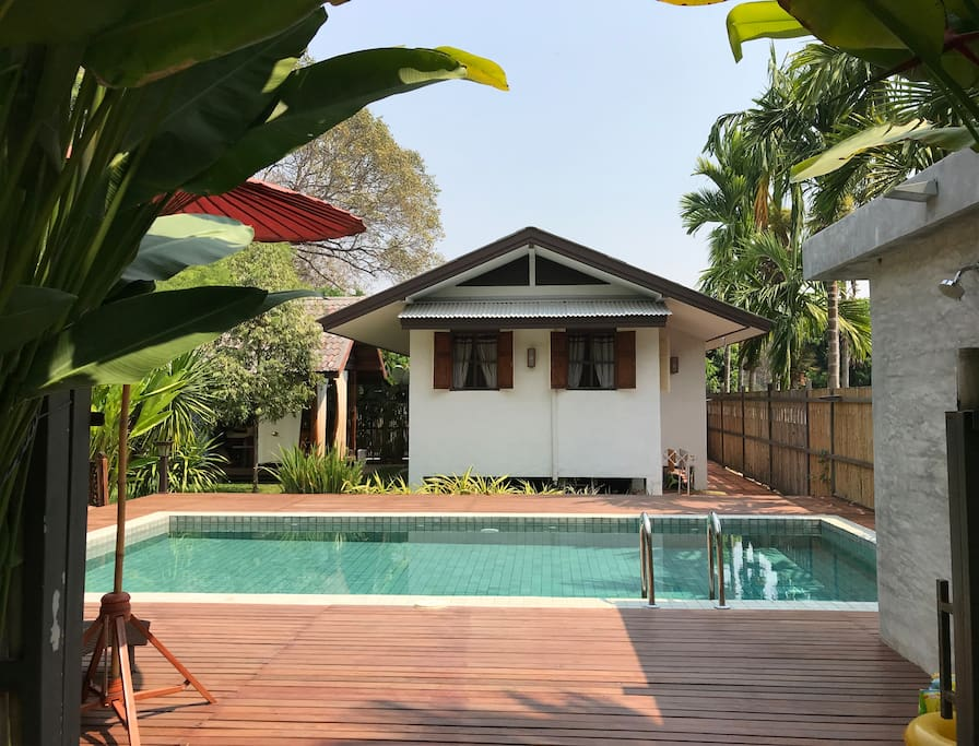 The house and Sala Private pool