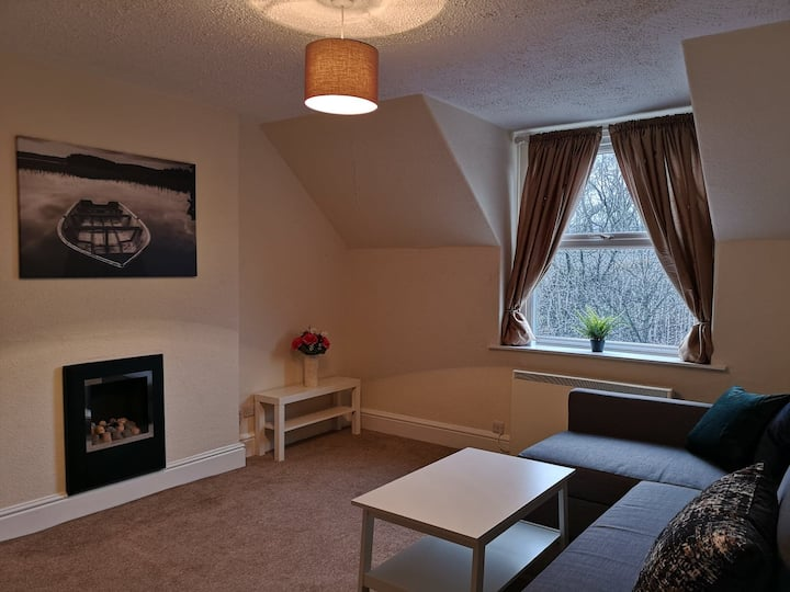 Cozy and modern top flat near the heart of Buxton