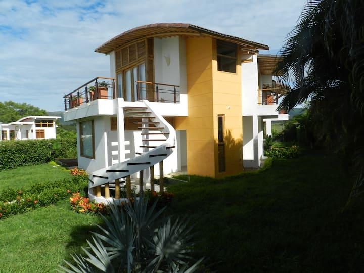 Hermosa casa en Carmen de Apicalá !