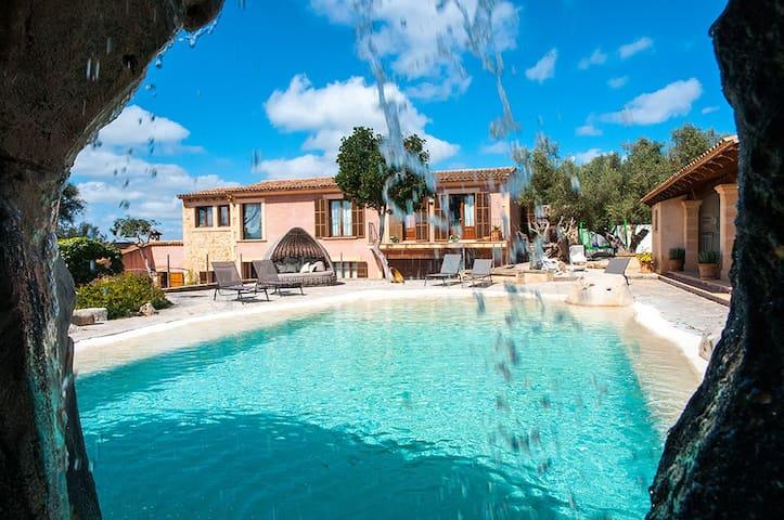 Finca mit Pool mit Wasserfall - Manacor - Ev