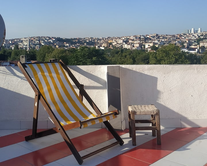 Shaman's roof Penthouse apartment at Balat