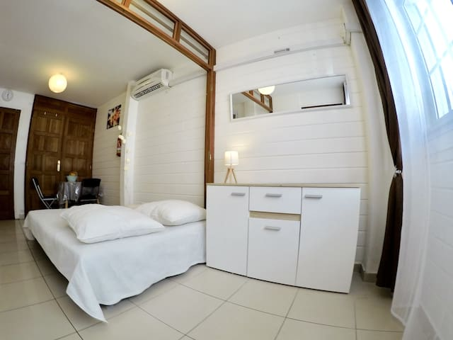 ☆Air-conditioned studio center of Pointe à Pitre ☆