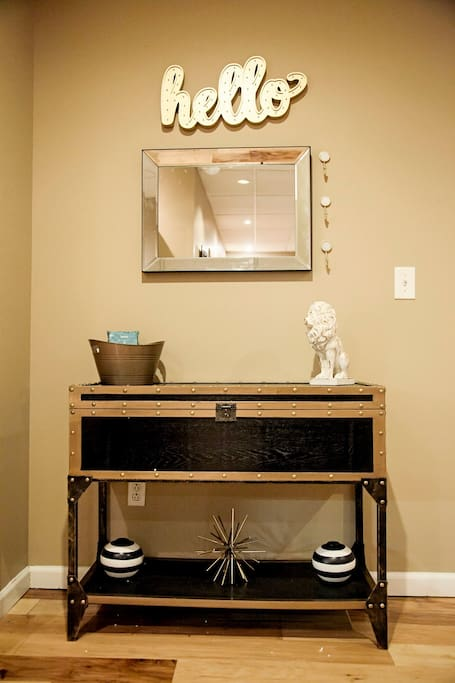 Welcome console table