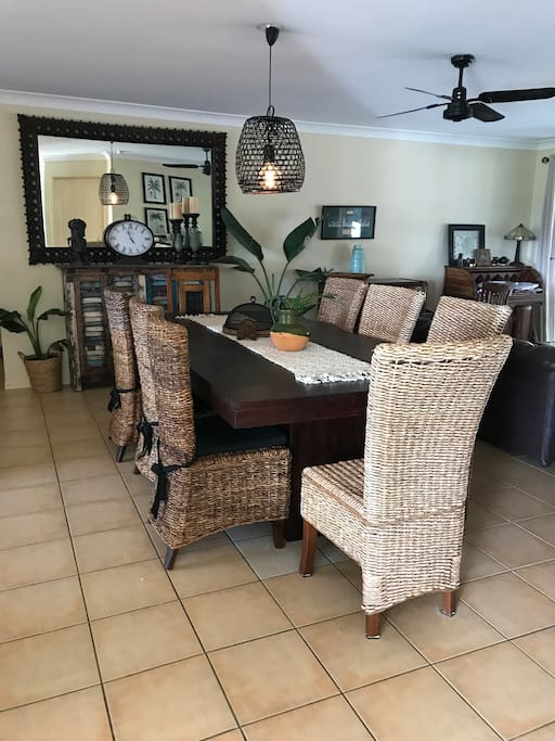 Large spacious dining that seats 8 Another open plan living/reading area with desk and couch
