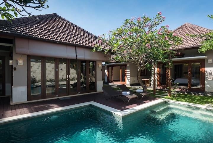 Spacious Villa Di Uma in Sanur-4 Bedrooms