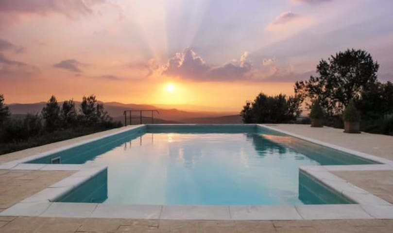 CasaDelTramonto, La Luna, Sunset Paradise