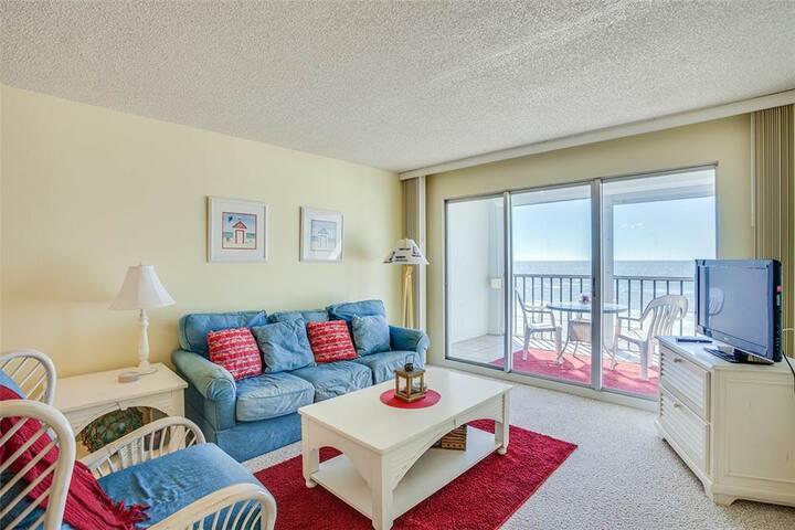 Strandview Towers 203 - Fort Myers Beach - Condominium
