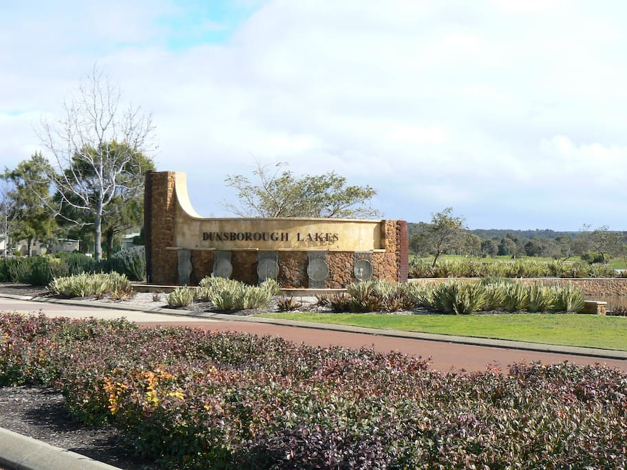 Welcome to Dunsborough Lakes Golf Estate