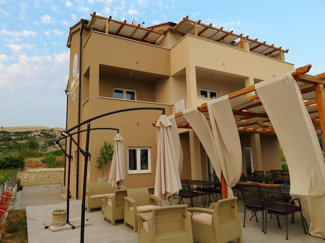 B&B Marta&Tona double room with balcony - Kustići - Pousada