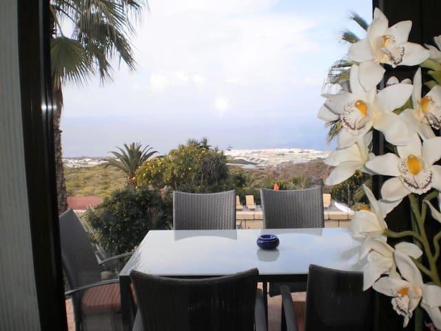 Casa Sevilla, Finca bei Playa San Juan, Teneriffa - Santa Cruz de Tenerife - Hus
