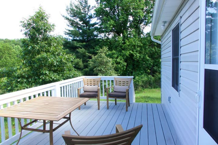 Deck at the rear of the cottage