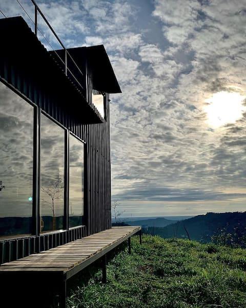 空中环景Alto Luciérnaga小屋