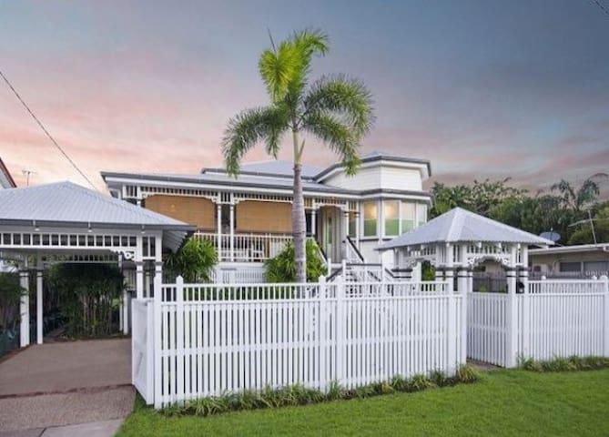 Private luxury in classic Queenslander