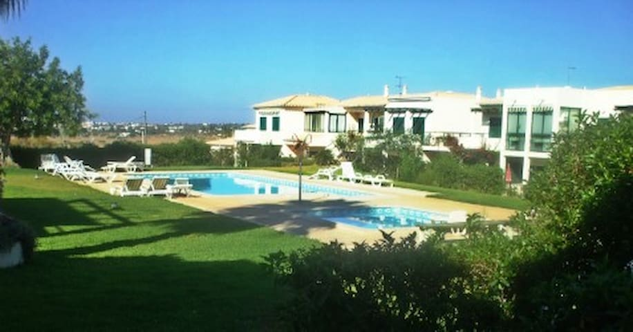 Ap t1 close to sea and golf - Pêra - Daire