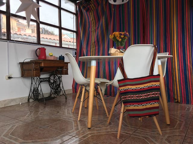 3 San Blas, Perfect Location, Quiet Room, TERRACE
