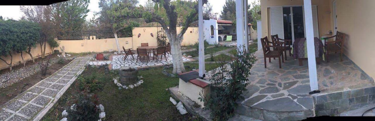 Villa by the beach - Chalkida - Willa