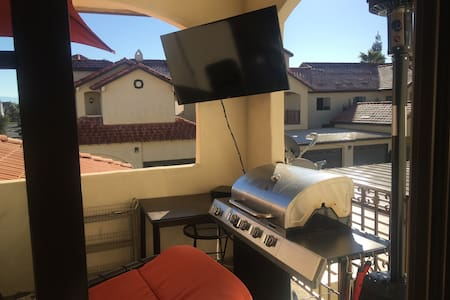 Beautiful + Luxurious 2 bed 2 bath - Fresno - Appartement