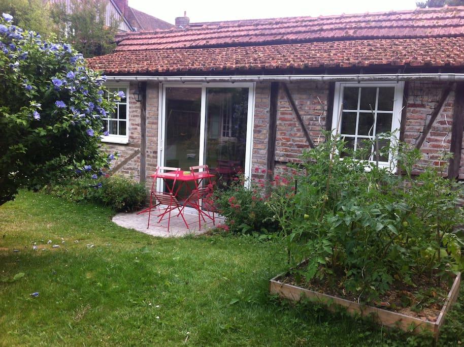 La petite maison houses for rent in le vaudreuil haute - La petite maison normandie ...