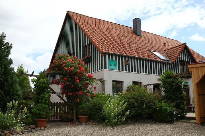 Ferienwohnung/App. für 4 Gäste mit 50m² in Behrensdorf (73334)
