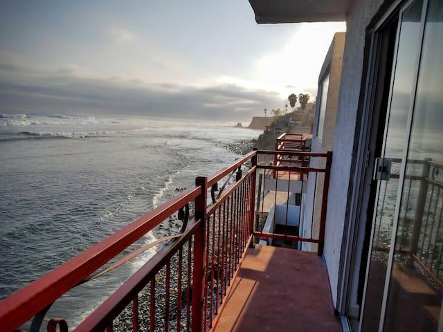 K38 Dragon Castle - SKYLOFT Oceanfront Home