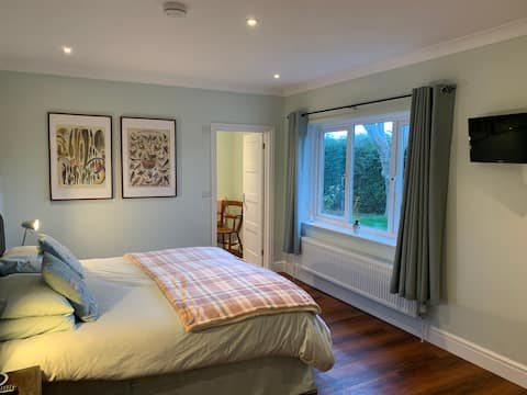 The Garden House B&B-King Size or Twin Room