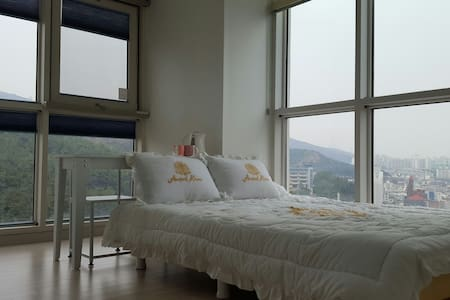 Best View!!. Haeundae Beach 5min. - 부산광역시, KR - Apartamento