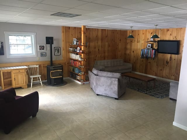Phillips Lake Guest Suite
