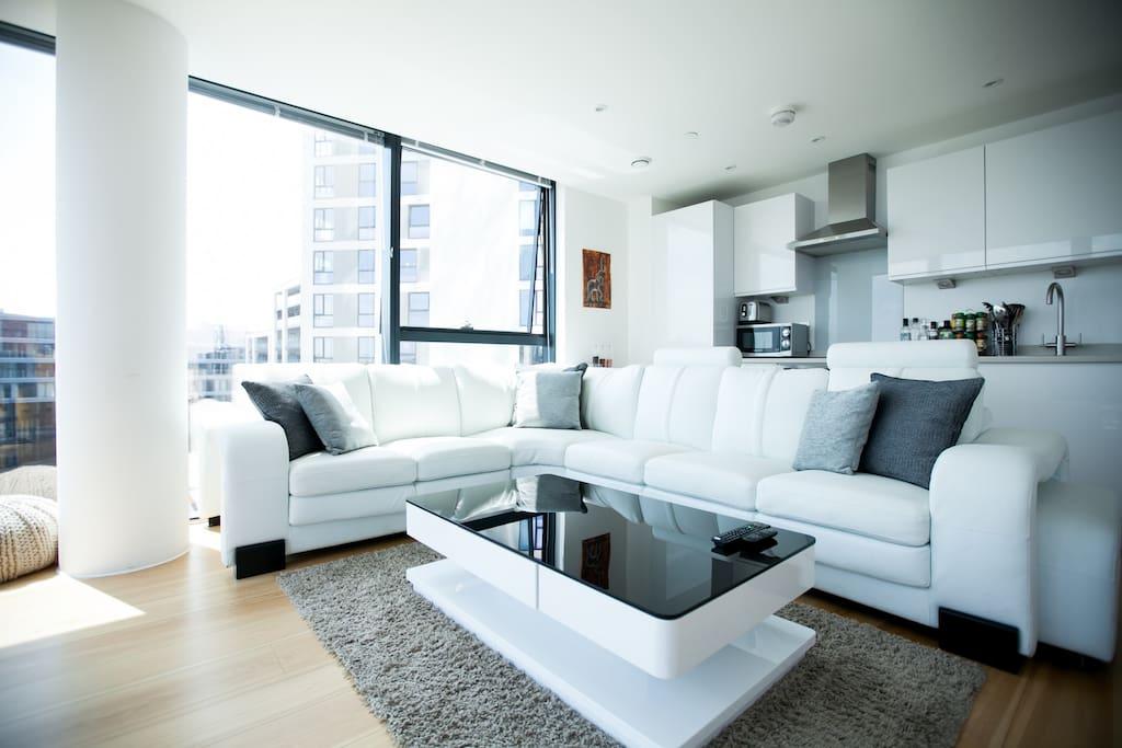 Comfortable White Leather Corner Sofa