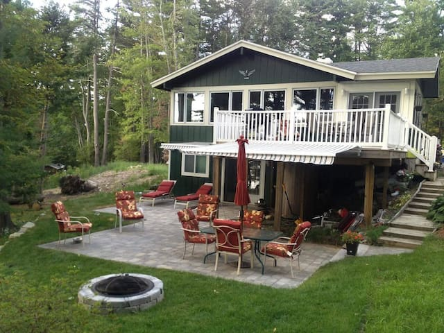 Tom's Cabin Lake Winnipesaukee