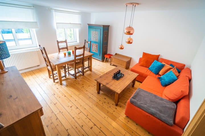 Cosy apartment 15min from the City Centre.