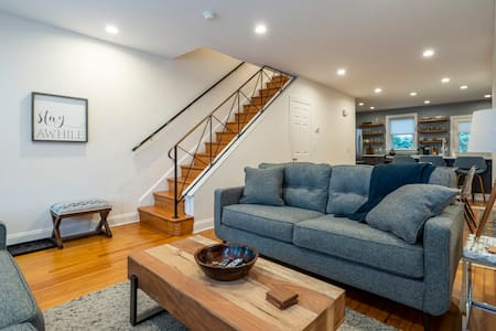 Charming Heart of Ardmore Home with Parking - Extended Stays Welcome!