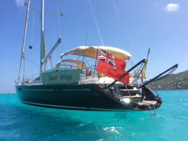 Sleek, Stylish 54' Yacht Bequia - Port Elizabeth - Barco