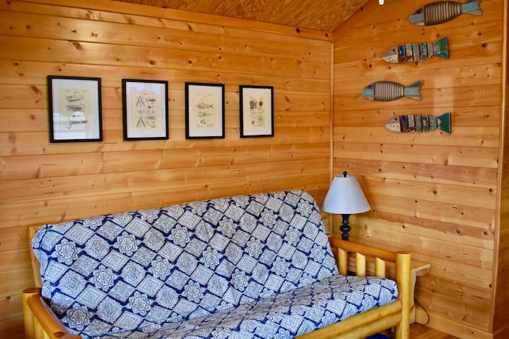 Rolling River Campsite- Cabin 1