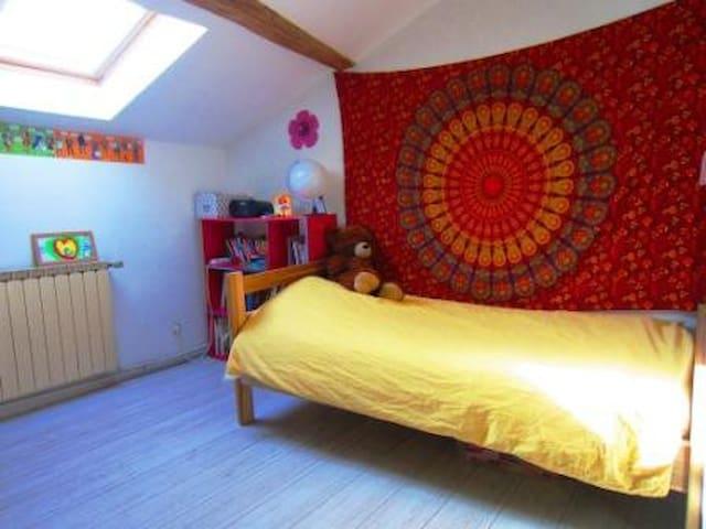 chambre enfant : le lit est désormais double