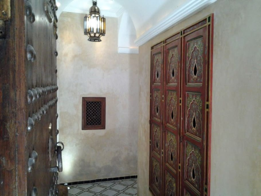 The private entrance of the Riad - Welcome to Dar Eva!