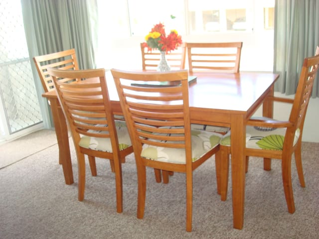 Mainsail Holiday Apartments - First Floor - Unit 1 - Kings Beach - Appartement