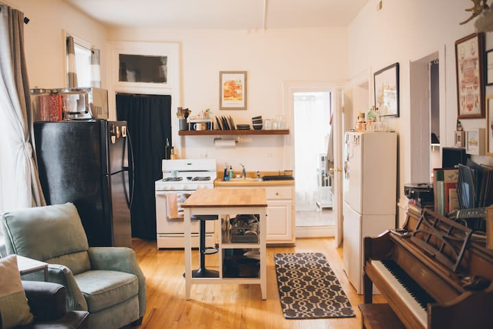 Private room in bright Noble Square apartment