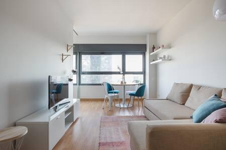 Amazing piso en Barcelona con piscina - L'Hospitalet de Llobregat - Huoneisto